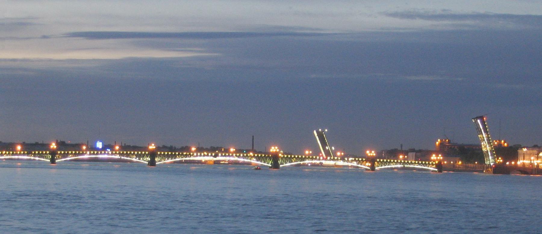 схема движения под литейным мостом